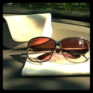 TOM FORD NICOLETTE TF88 color 843  Sunnies