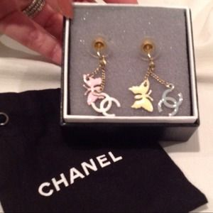 CHANEL Jewelry - SOLD!!! Chanel authentic dangling earrings.