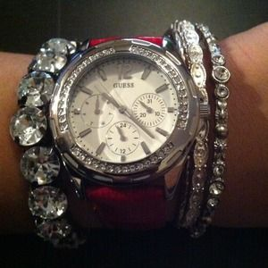 Guess Accessories - ❌RESERVED❌Trendy GUESS watch
