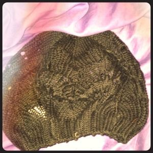 Black knit hat from H&M
