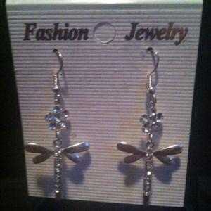 Butterfly dangling stud earrings