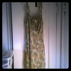 Jonathan Martin Dresses & Skirts - **GONE** Green & brown flowery dress