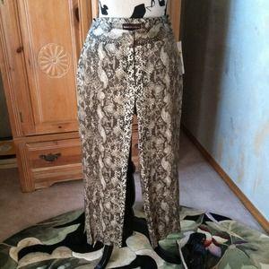 Dana Buchman Pants - Dana Buchman Sale Pants snakeskin print Sz 4