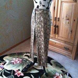 Dana Buchman Pants - Dana Buchman Sale Pants snakeskin print Sz 4 2