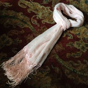 Accessories - Pink fringe scarf
