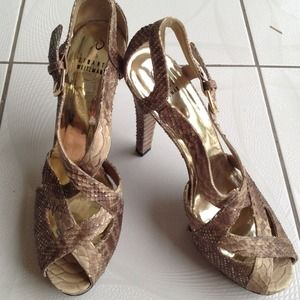 Stuart Weitzman Shoes - Stuart Weitzman Snakeskin Gold Bronze Heels 10