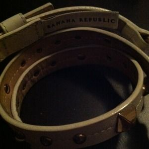 Banana Republic Accessories - Banana republic white leather belt with gold studs