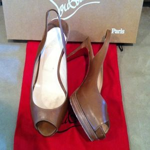 Christian Louboutin Shoes - Tan leather Christian Louboutins