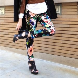 H&M Pants - RESERVED Floral pants