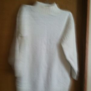 White sweater size small