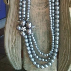Jewelry - Grey Faux Pearl Necklace With Flower Accent