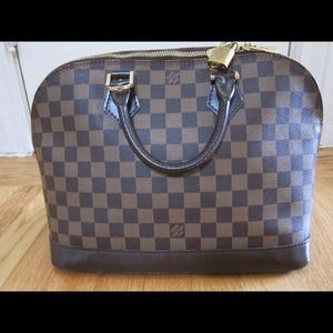 Louis Vuitton Handbags - Louis Vuitton damier alma - NO TRADES