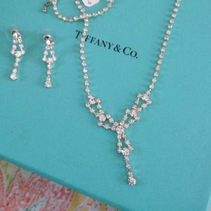 🎀New Rhinestone necklace and earrings for Prom