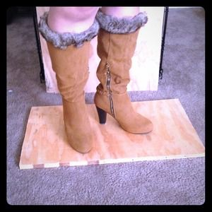 *RESERVED* Caramel faux fur lined tall boots