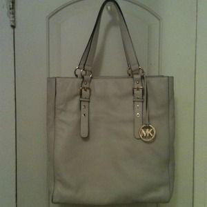 Michael Kors Handbags - Authentic Michael Kors genuine all leather handbag