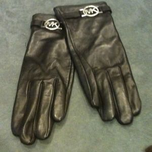 Michael Kors Other - MICHAEL KORS Black leather gloves with MK logo