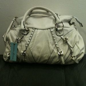 Genuine soft leather Handbag by Guess Marciano