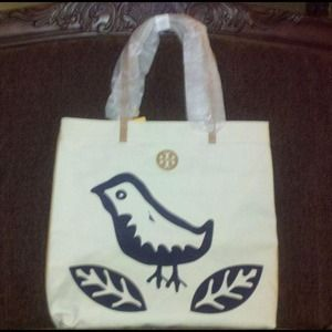 Tory Burch Handbags - PRINTED FLAT TOTE NORMANDY BLUE LORENZO BIRD