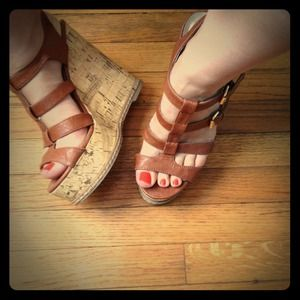 BUNDLE: Qupid brown wedges & Green wedges