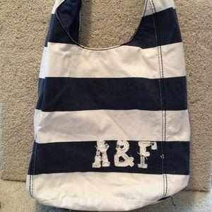 🎀Abercrombie Hobo Bags