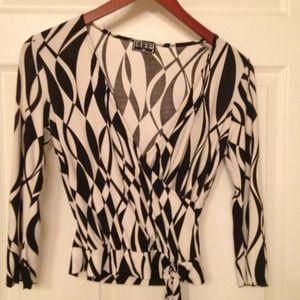 Black/white dress top