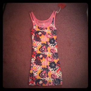 Tops - Floral Tank Top (Brand New)