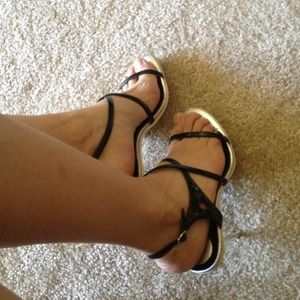 **Reduced** sandals, Charles by charles David.