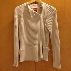 Ribbed oatmeal colored sweater
