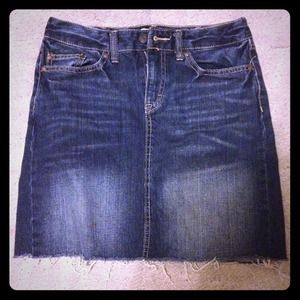 H&M Denim skirt size 6
