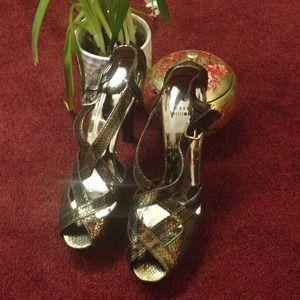 Stuart Weitzman Shoes - Stuart Weitzman Bronze Brown Shimmer Heels sz 10