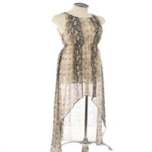 🎀NWT! Snakeskin High-Low Chiffon Dress