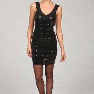 Dresses & Skirts - 💚REDUCED PRICE💚New Black sequins dress