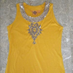 Tory Burch Tops - 😄SOLD😄😄Titan Tory  burch yellow&silver sequin s