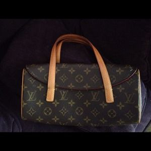 Louis Vuitton Handbags - RESERVED!!!! Louis Vuitton Sonatine- discontinued!
