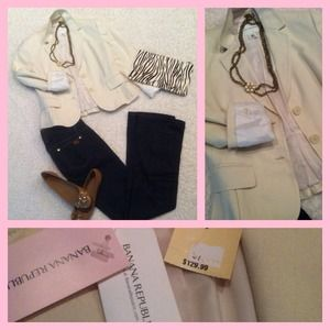 Banana Republic Jackets & Blazers - NEW Banana Republic Blazer