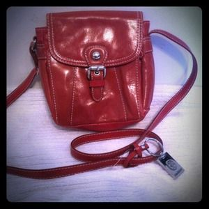 Red genuine leather Giani Bernini purse