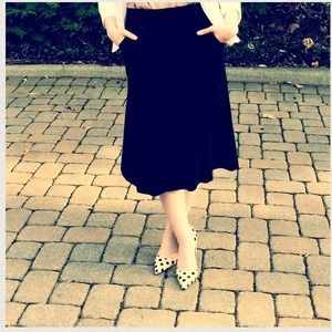 Dresses & Skirts - Black Midi Skirt