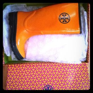Tory Burch Shoes - Limited Edition Tory Burch Logo Rain Boots!