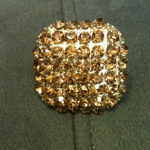 💢REDUCED💢 Gold stretch ring with rhinestones💍