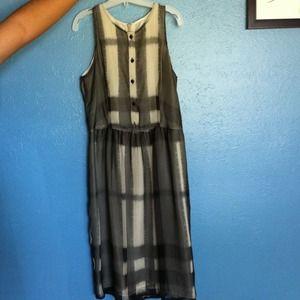 **Burberry dress