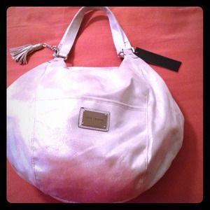 Handbags - ❌RESERVED until 2/3/13❌ 🎉 Fun Metallic Handbag