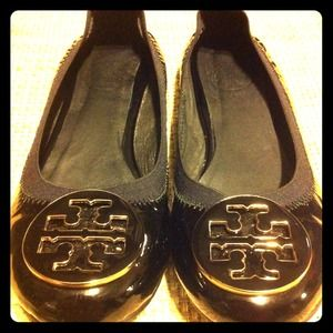 Tory Burch Shoes - Beautiful Tory Burch Caroline Flats