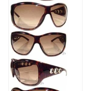 Yves Saint Laurent Accessories - Yves Saint Laurent sunglasses