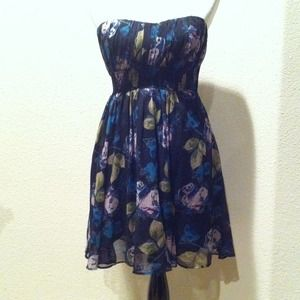 Urban Outfitters Dresses & Skirts - Adorable strapless dress from Urban Outfitters