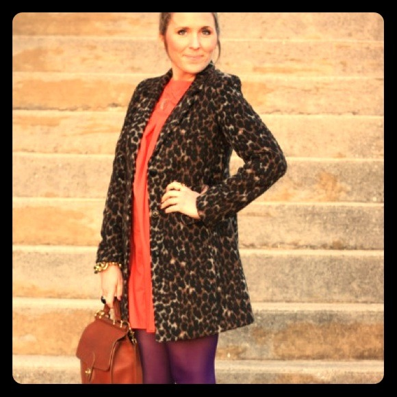 Old Navy Outerwear - Old Navy leopard print coat