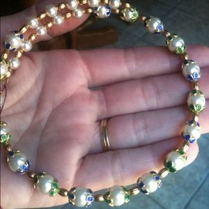 Wraparound choker, pearl and enamel