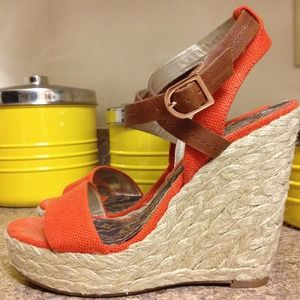 BCBG Shoes - BCBG wedges