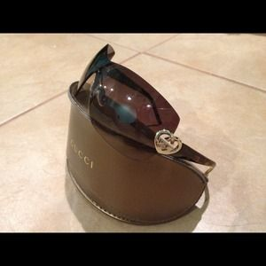 Gucci Accessories - ✨Reserved for silvarain✨New authentic GUCCI