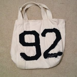 Gifted 🎈Huge Abercrombie Tote