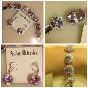 Jewelry - 🔴Reduced🔴Cubic zirconia bracelet with earrings